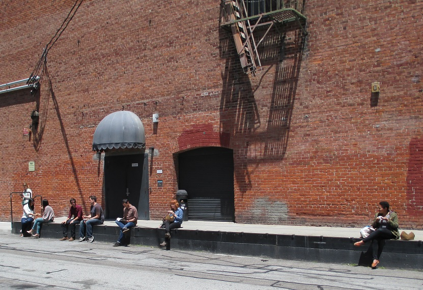 Look -- a loading dock that city planners couldn't find!