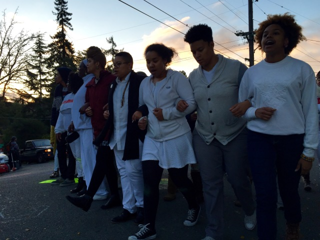 Dawn breaks in Oakland as activist march from Libby Schaaf's home