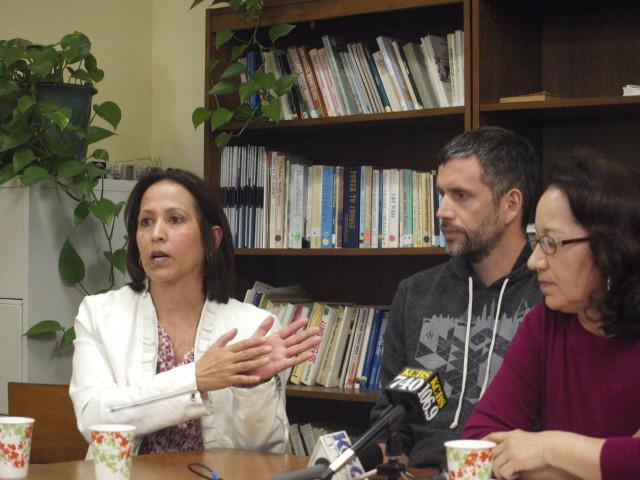 Cancer survivor and Circulo de Vida beneficiary Guadalupe Dumas with Double Dutch CEO Lawrence Coburn and Circulo de Vida executive director Carmen Ortiz