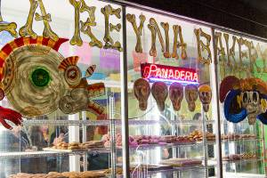The Mission's La Reyna Bakery hosts a reading on food and self, part of Flor y Canto Literary Festival's lit crawl tonight, Thu/14.