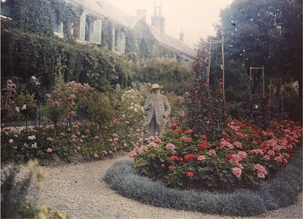 6ec4da50875dd Monet in His Garden at Giverny, 1921. (Courtesy of Fine Arts Museums of San  Francisco)